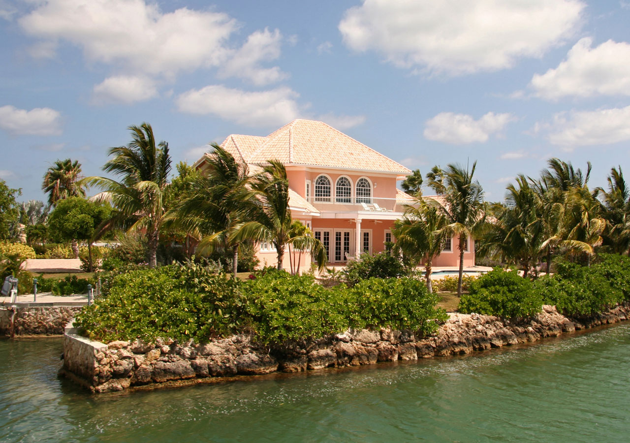 Bahamas Real Estate & Development Lawyers